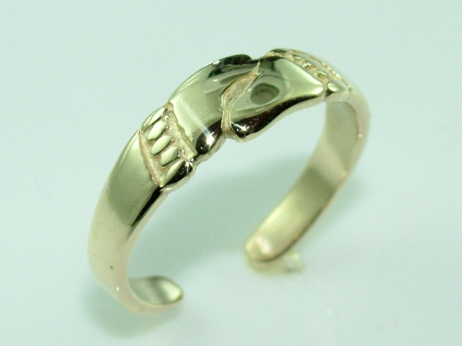 10k gold footprints knuckle toe ring adjustable