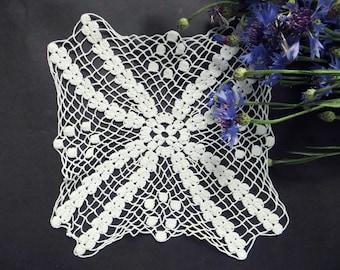 Vintage doily, hand crocheted white crochet coasters, vintage doilies, lace crochet doily
