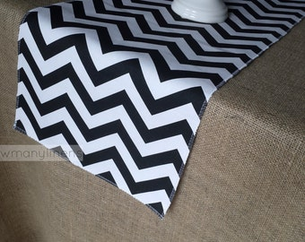 Black and White Table Runner Chevron Stripe Table Centerpiece Dining Room Kitchen Decor Modern Retro Home Decor Linens