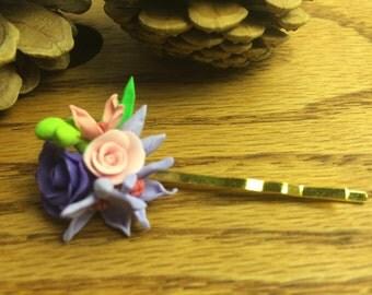 Flower pin for flower girl.