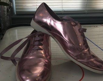 Pink metallic oxfords