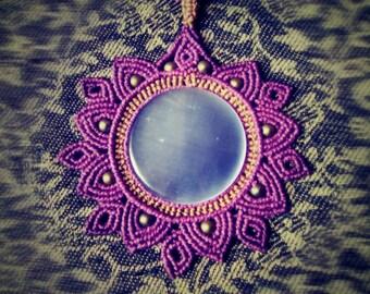 Hera necklace with Chalcedony gemstone