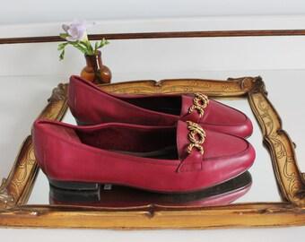 Vintage Clarks Dark Pink Magenta Leather Chain Link Detail Flat Loafers Shoes Size UK 5 EU 38 US 7