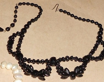 "Black Jet Vintage Necklace, 17"".. Free Shipping In USA"
