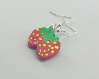 Strawberry Earrings from wooden * hand painted *.