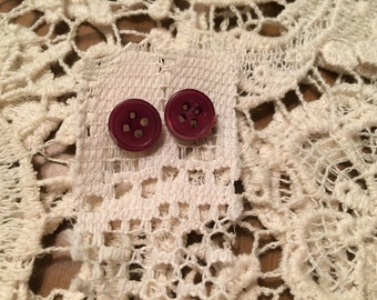 Vintage button Earrings (burgundy)