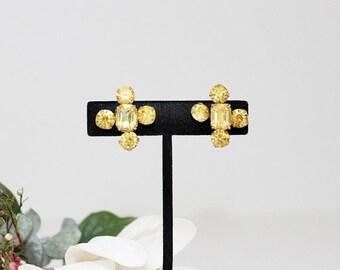 1950s Amber/Yellow Rhinestone Gorgeous Screw Back Earrings