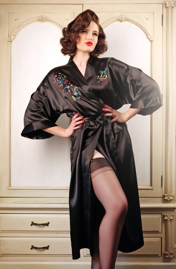 Vintage Inspired Nightgowns, Robes, Pajamas, Baby Dolls Lucky Star Robe $163.82 AT vintagedancer.com