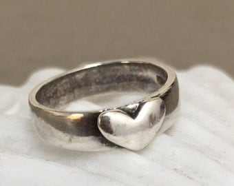 Love Never Fails Ring