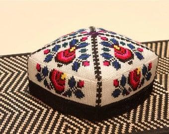 Women's Uzbek hats