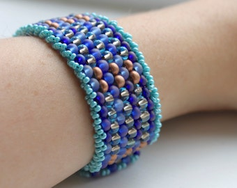 Elegant Seed Bead Bracelet