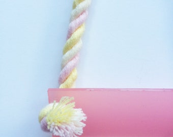 Flump Swing Necklace