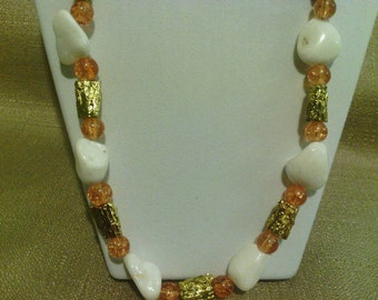384 Stylish Golden Touch Beaded Necklace