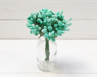 Bunch of 10 Pip Berries, Mint Pip Berries, Millinery Flower, Pip Berry Cluster,Mint Berry Stamen, Chrisrtmas Berries, Pip Berries, Pip Berry