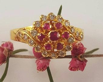Peranakan 18K Yellow Gold Intan Diamond and Ruby Cluster Ring