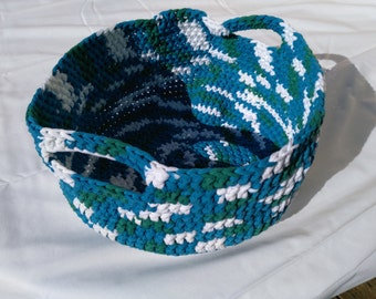 Hand-made basket in nylon