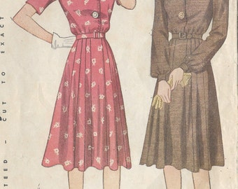"1940s Vintage Sewing Pattern DRESS B34"" (28) Simplicity 4061"