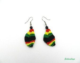 Earrings, macrame, leaf, black, green, yellow, red, rasta, black beads