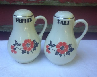 Salt & Pepper Shakers Hall's Superior China Red Poppy Radiance Rare Vintage Kitchenware Collectible
