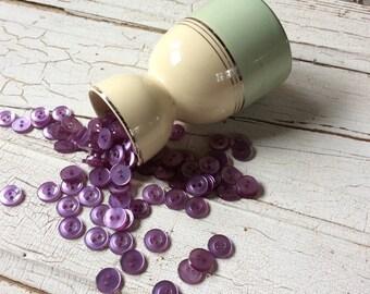 Violet purple buttons/shiny purple/lot of 25