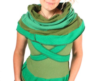 A Tower Tumbling Through The Trees - 100% CASHMERE - MEDIUM LARGE
