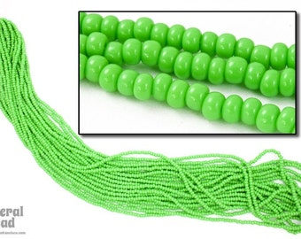 11/0 Opaque Pea Green Czech Seed Bead (Hank) #CSG012