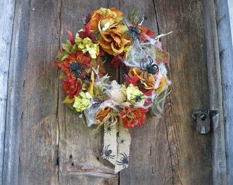 SPIDER  WREATH    silk flowers  for Fall autumn  HALLOWEEN and Harvest