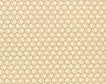 Strawberry Fields Revisited - Daisy Blooms in Sand (tan): sku 20267-17 cotton quilting fabric by Fig Tree for Moda Fabrics - 1 yard