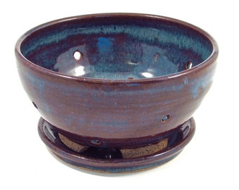 Berry bowl with saucer in floating blue