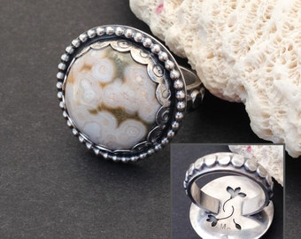 Ocean Jasper Ring Size 8 3/4 Ring, Round Sterling Silver Statement Ring, Silversmith Saw Pierced Flowers Cocktail Ring, Green White Ring