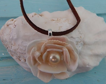 50% off Beachy Shell Flower Pendant