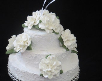 White Wedding Cake Ornament