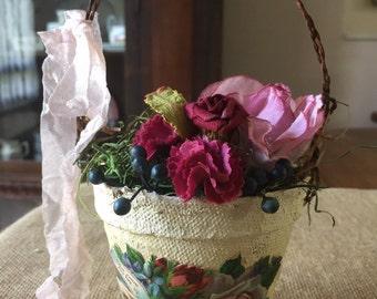 Peat pot floral arrangement accent