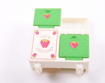 Strawberry Shortcake Bake Shoppe Replacement Stove ~ The Pink Room ~ 160905