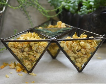 Air Planter. Stained Glass Pyramid Succulent Planter. Pyramid Planter.Pyramid Jewelry Dish.Pyramid Home Decor.Trinket Dish.Air Plant Holder.