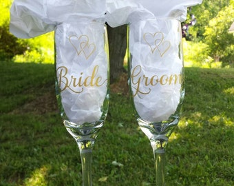 Bride and Groom set of champagne flutes