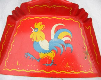 Childs Red Tin Toy Dust Pan Painted Vintage 1950s 60s Play Toy