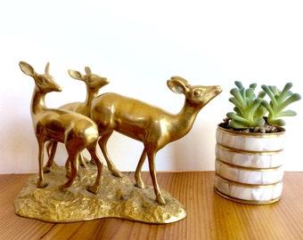 Brass Deer Figurine. Deer Family, Doe and Fawn Pair. Vintage Brass Animals. Gold Decor. Woodland Decor. India Brass Statuette.