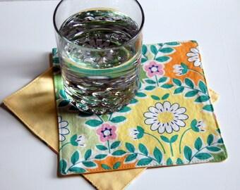 Jardin Cloth Cocktail Napkins / spring floral napkins / Easter cloth napkins / reusable napkins / yellow and green napkins / table linens
