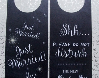 Hotel Door Hangers - CHALKBOARD - Just Married Double Sided for Happy Couple - Do Not Disturb for the Bride and Groom - Newlyweds