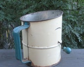 Vintage Tin Flour Sifter - Blue and White Flour Sifter - Farmhouse Finds - Country Kitchen