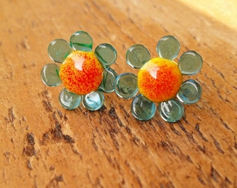 Doddly daisy do lampwork surgical steel stud post earrings MTO