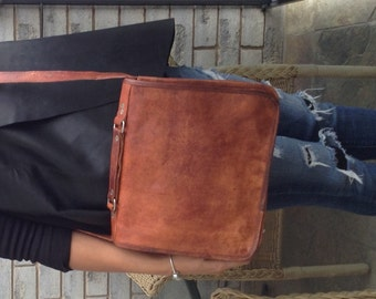 Leather Messenger Bag - 11 inches