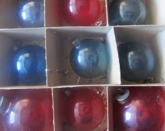 Vintage Lot Of 9 Red And Blue Unsilvered WWII Christmas Ornaments, Ships Worldwide