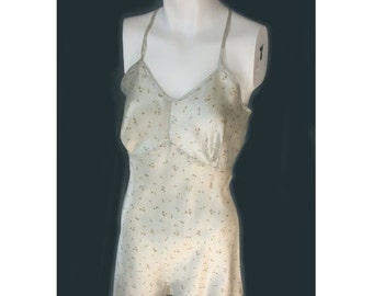 Vintage 1930's/40's  Pale Green Flower Print Rayon Pin up Teddy