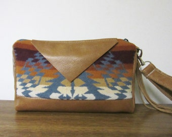 Wrist Bag Wristlet Clutch Purse Southwest Style Print Wool from Pendleton Oregon Brown Leather