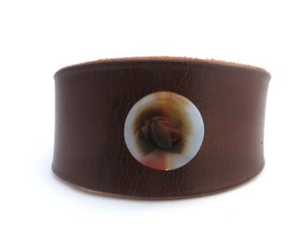 Brown Rawhide Leather Bracelet with Crystal Agate Bead