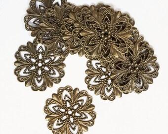 Bulk 200 Antique brass filigree flower focal 20mm, antique bronze filigree connector