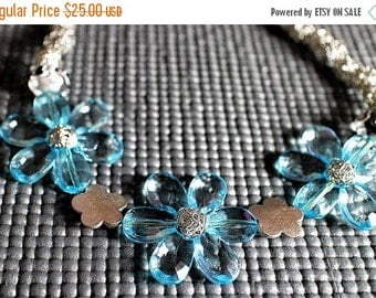 CLEARANCE SALE 60% OFF Blue Flower Necklace