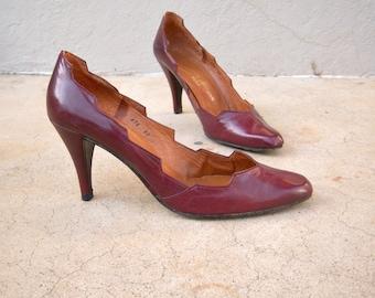 70s 80s heels / Charles Jordan Paris stilettos / burgundy leather spiked heels approx size 7